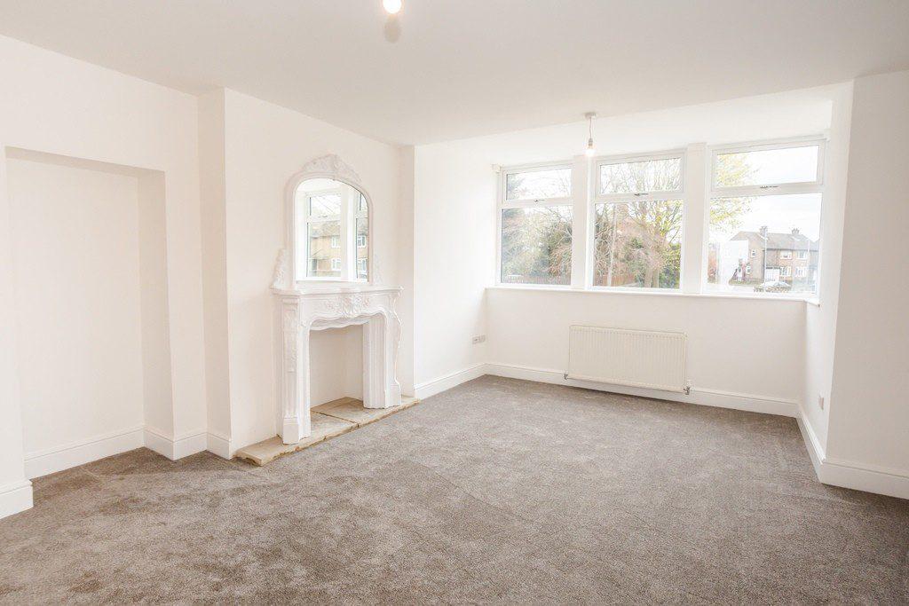 2 Grosvenor House Apartments, Long Lane, Huddersfield