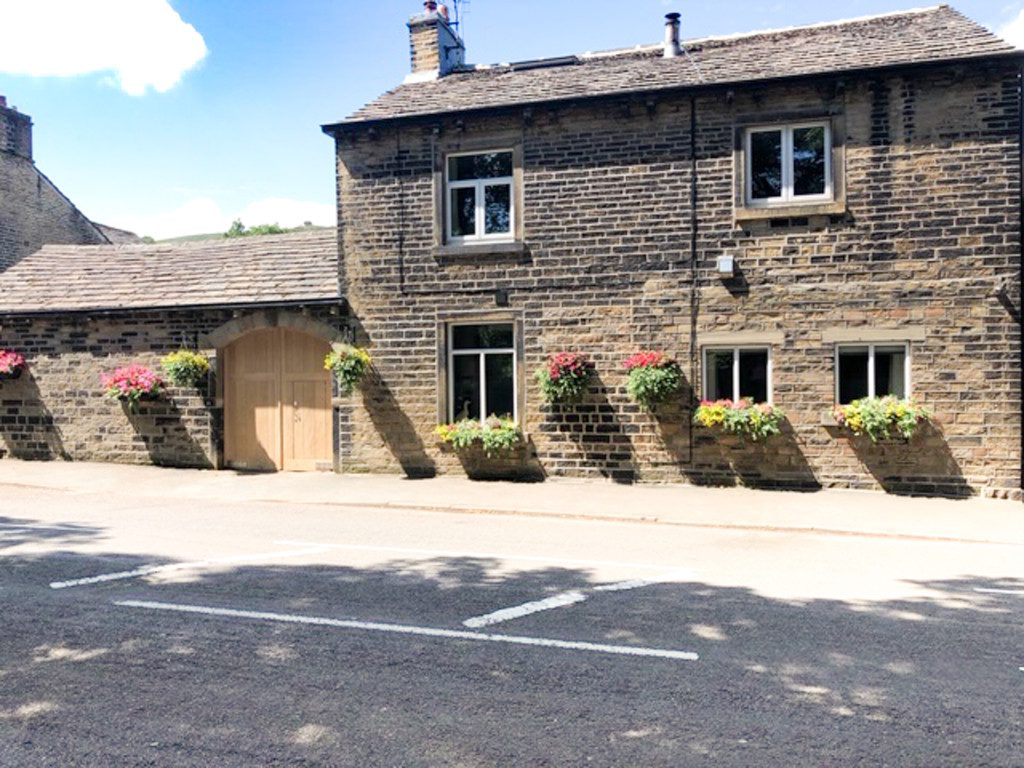 Lower Godley, 312 Oldham Road, Rishworth
