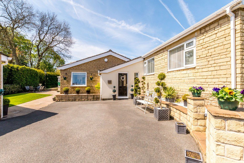 LOW LARK HOUSE, Lower Lark Hill, Cleckheaton
